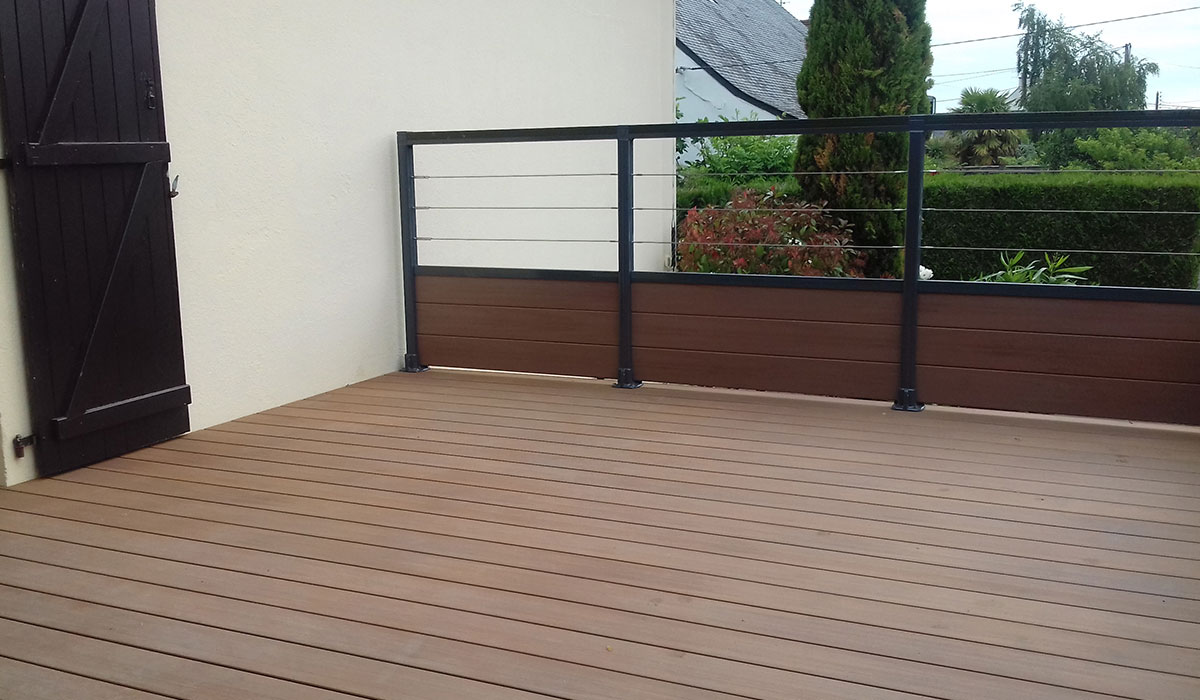 Terrasse et gardes corps en composite