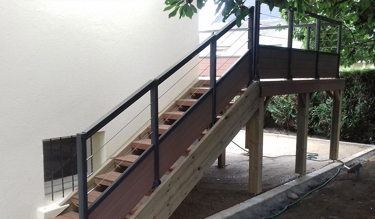 Garde-corps et escalier en composite
